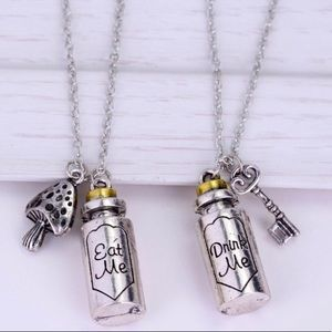 Jewelry - Alice in Wonderland Eat me drink me necklaces NWT